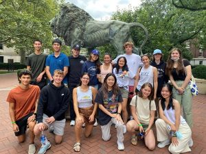 Lions Welcome 17 Student-Athletes to Fencing Family